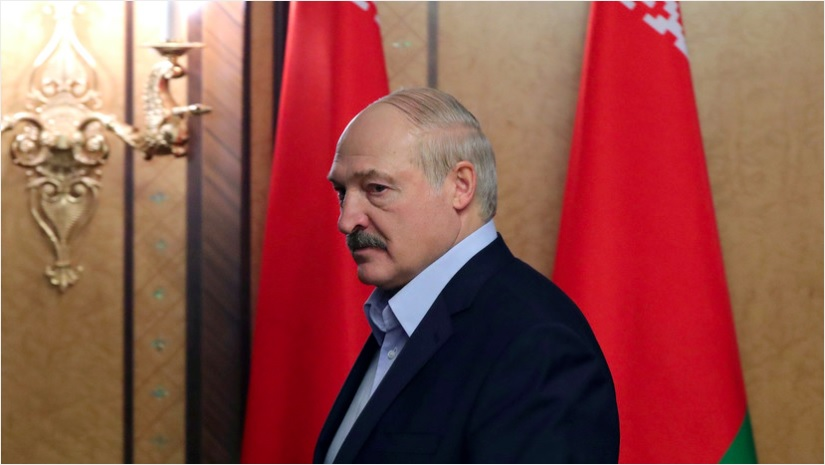 Лукашенко заявил о провале попытки насадить нацизм в Белоруссии