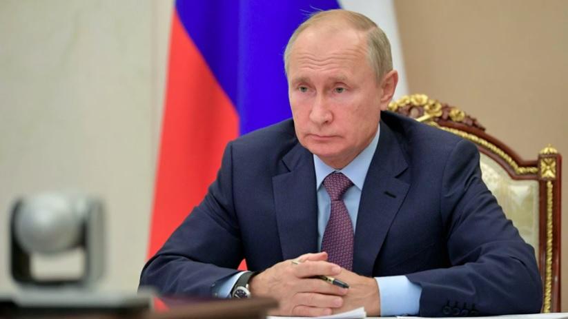 Путин отметил роль военных в борьбе с коронавирусом