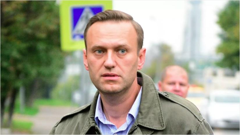 Навальный заявил, что намерен вернуться в Россию 17 января