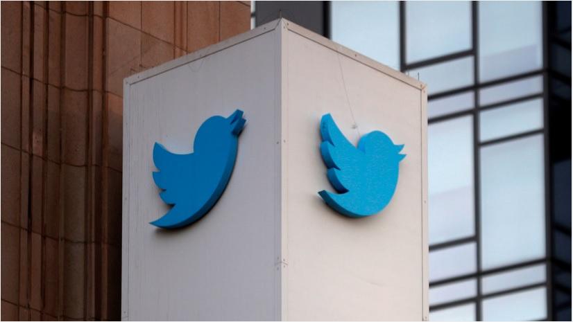 Twitter ограничил доступ к аккаунту вакцины «Спутник V»